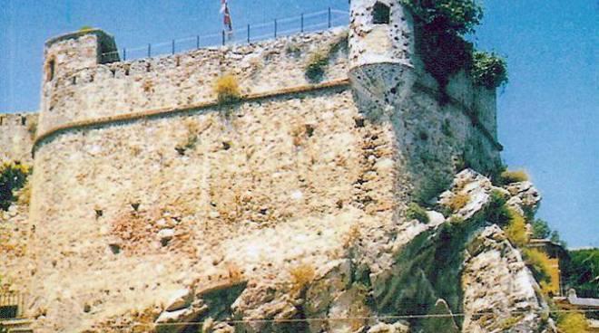 pietra ligure castello