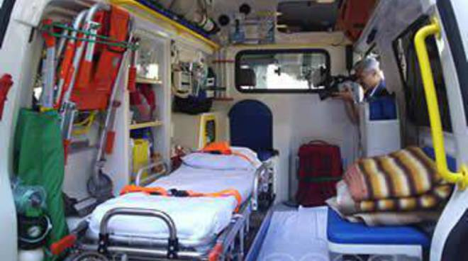 Ambulanza interno