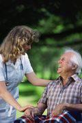 anziano assistenza