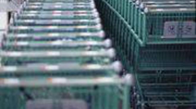 Supermercato carrelli