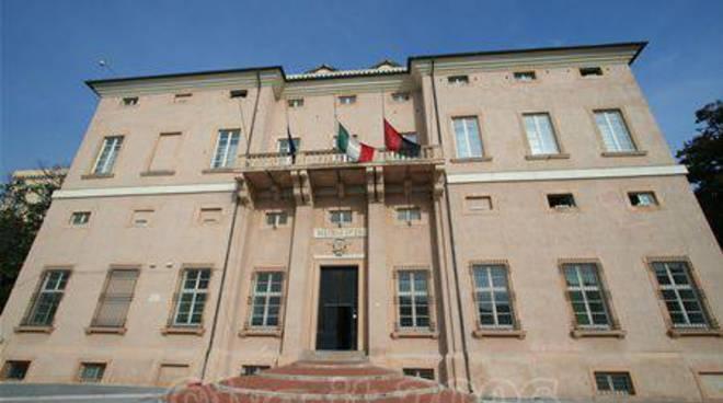 Loano - palazzo comune