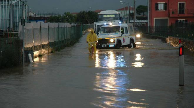 Albenga -  alluvione 23 ottobre rollo