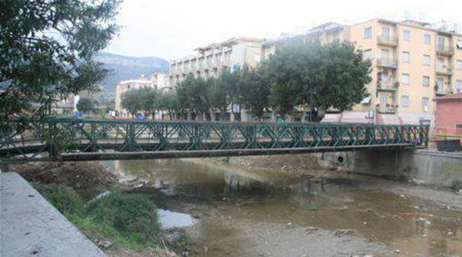 Finale Ligure - lavori ponte sciusa