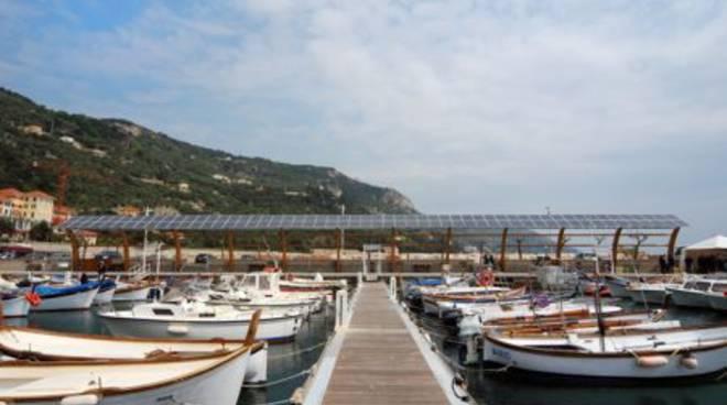 Fotovoltaico porto Finale Ligure