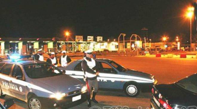 Polizia - pattuglione notturno