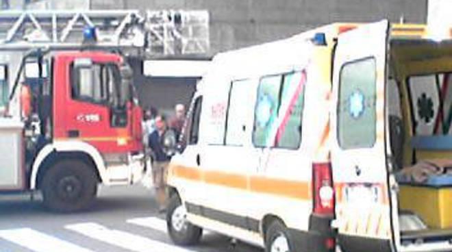 Ambulanza Croce Bianca e Vigili del fuoco