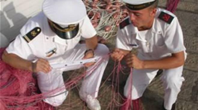 Pesca guardia costiera controlli