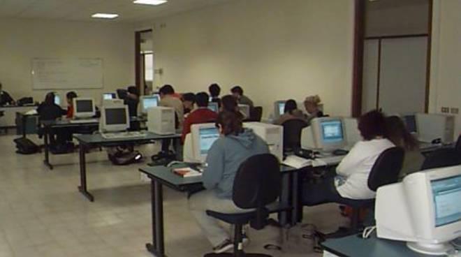 Aula informatica scuola