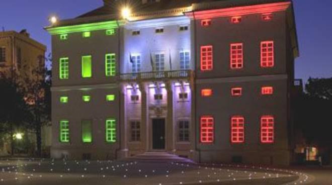 Palazzo Doria tricolore Loano