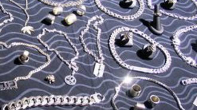 Gioielli bracciali oro argento moniliù