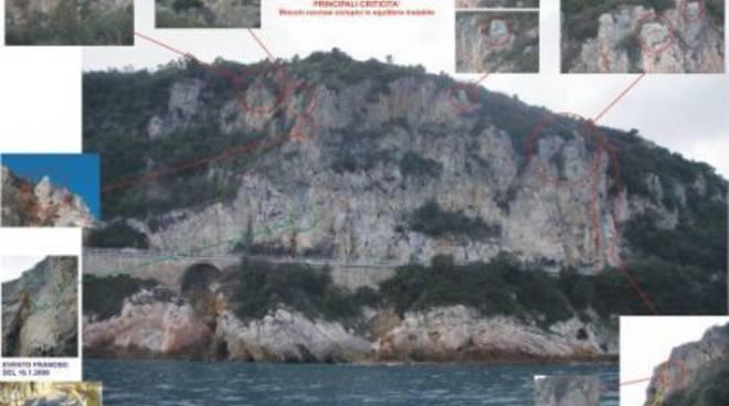 Panoramica Aurelia chiusa Noli