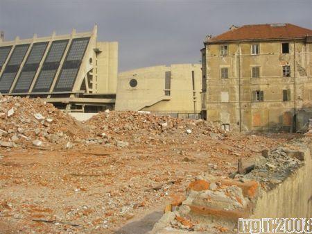 Savona: abbattimento dei capannoni dell'ex Squadra Rialzo