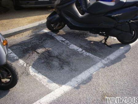 Savona: gobbe nei posteggi per le moto