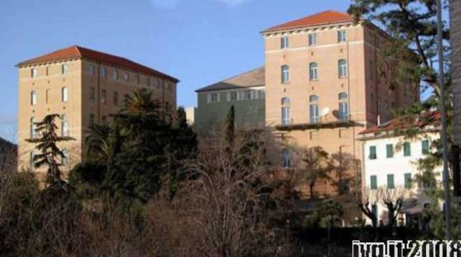 """Savona, Monturbano: Liceo """"Della Rovere"""" e Biblioteca Civica """"Barrili"""""""