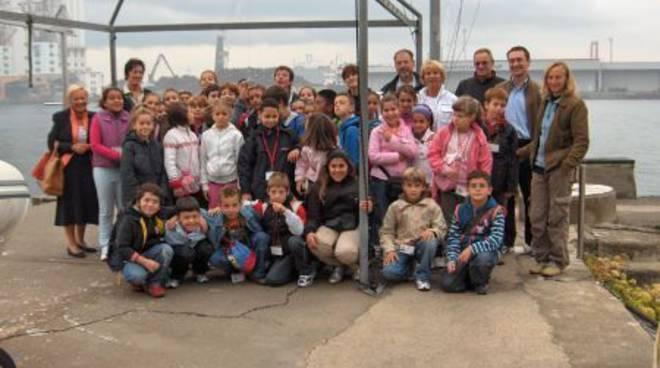 Bambini alla scoperta del mare con il Grillo