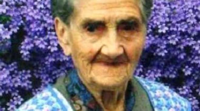 Stella, nonna Nicolina compie 100 anni