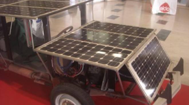 Auto ad energia solare a Palazzo Sisto