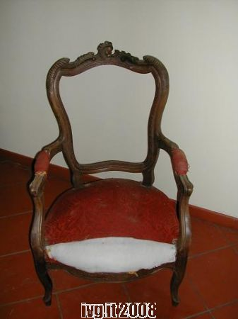 Restauro di una poltrona Luigi XVI - IVG.it