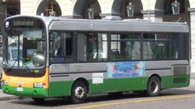 Autobus Acts