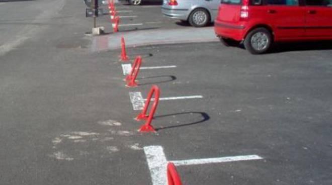 Via Cimarosa: situazione parcheggi