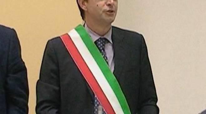 Franco Orsi, prima volta con la fascia tricolore da Sindaco di Albisola Superiore