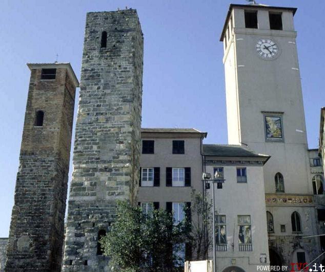 Savona - piazza del Brandale - centro storico
