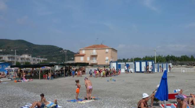 Albenga, distrutto il campo solare comunale