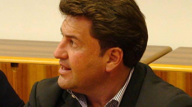Pietro Santi - assessore politiche sociali, volontariato, piccoli comuni