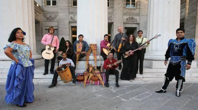 """A Noli la """"nazionale"""" della musica latinoamericana"""
