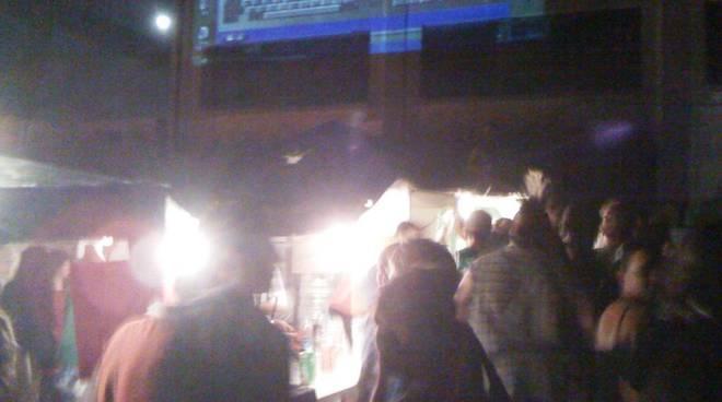 Festa in spiaggia in difesa della Margonara