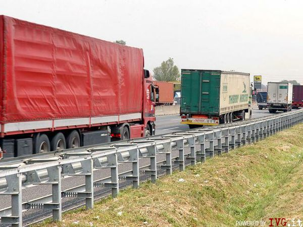 Camion, trasporti