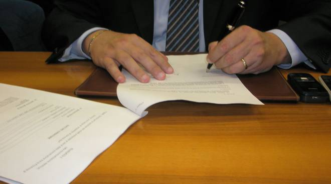 Firma convenzione Carisa-Provincia