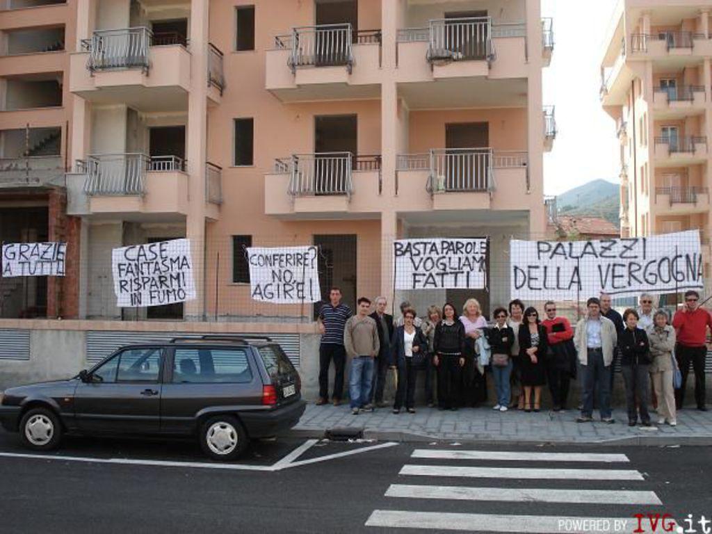 Protesta via Carloforte