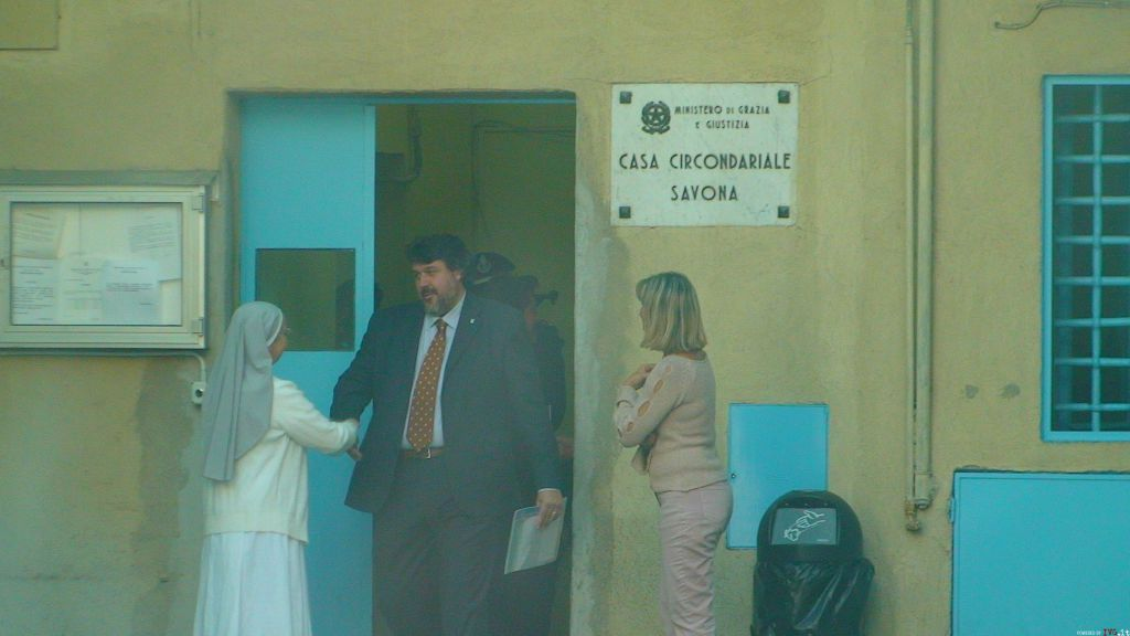 Savona - vaccarezza visita carcere