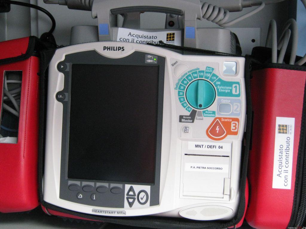 Tre defibrillatori installati nelle spiagge di Andora - IVG it