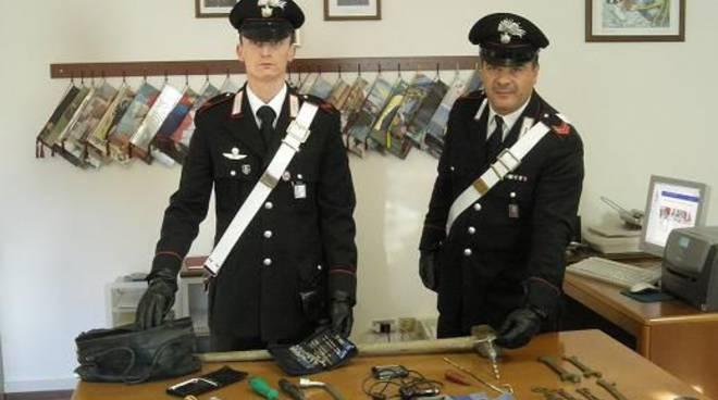 attrezzi furto alassio carabinieri