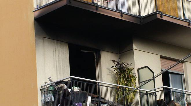 Loano - incendio via carducci genn.2010
