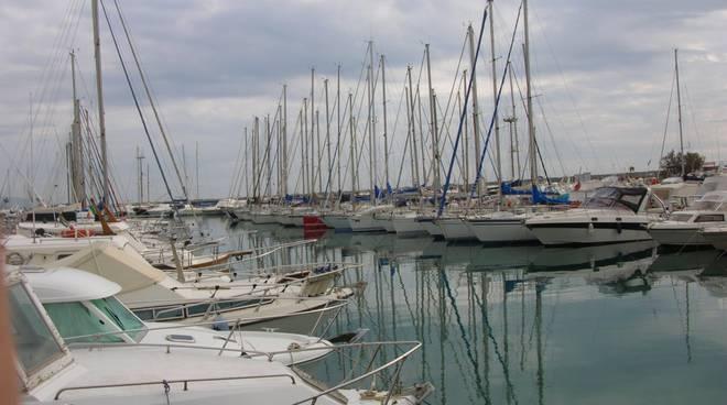 Loano porto Marina