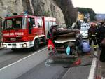Pietra Ligure - spettacolare incidente stradale