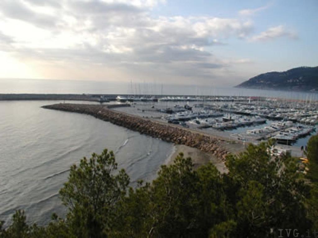 Andora. Il porto turistico