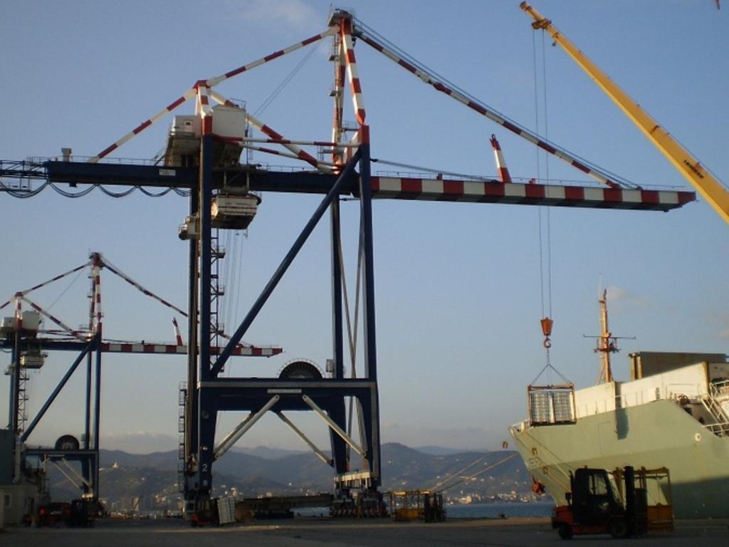 porto Vado Ligure