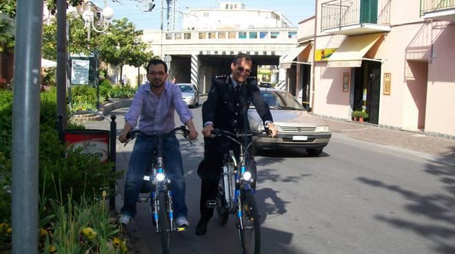 Albenga, rimossa la pista ciclabile di viale Italia