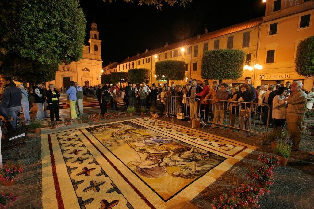 Pietra Ligure - infiorate artistiche