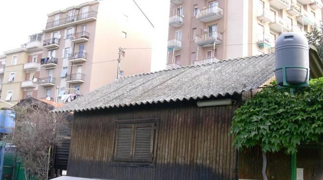 Savona - pericolo amianto baracche di Zinola