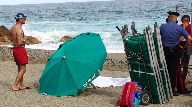 Finale Ligure - turista annegato bagni punta est