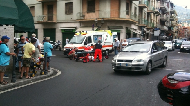 ambulanza, 118, soccorso, incidente