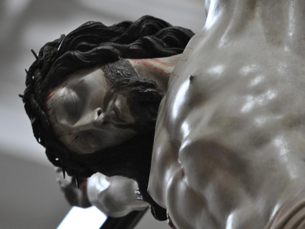 crocifisso chiesa san matteo Laigueglia