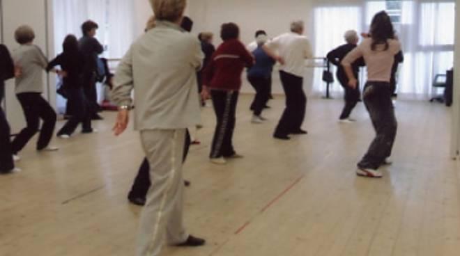 ginnastica terza età anziani