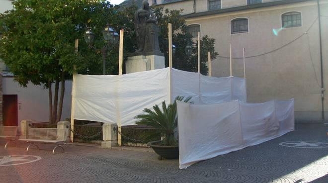 albenga, monumento ai caduti (lavori di pulizia)