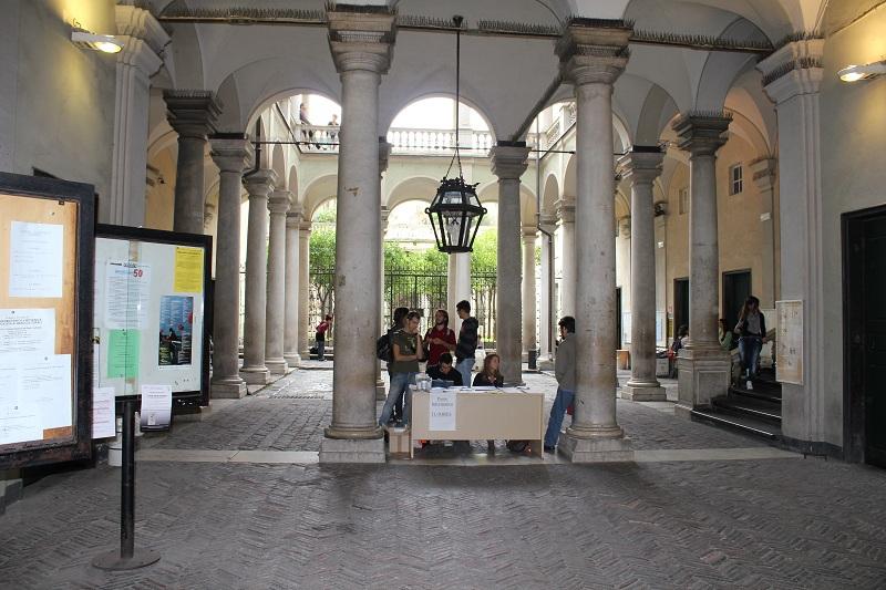 Palazzo Balbi Senarega, università